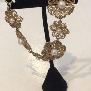 Carolee Jewelry - Carolee bracelet ♥️